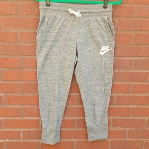 Nike Gray Cropped Capri Joggers Lounge Pants S